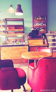 BARES Y CAFETERIAS BONITAS EN SEVILLA