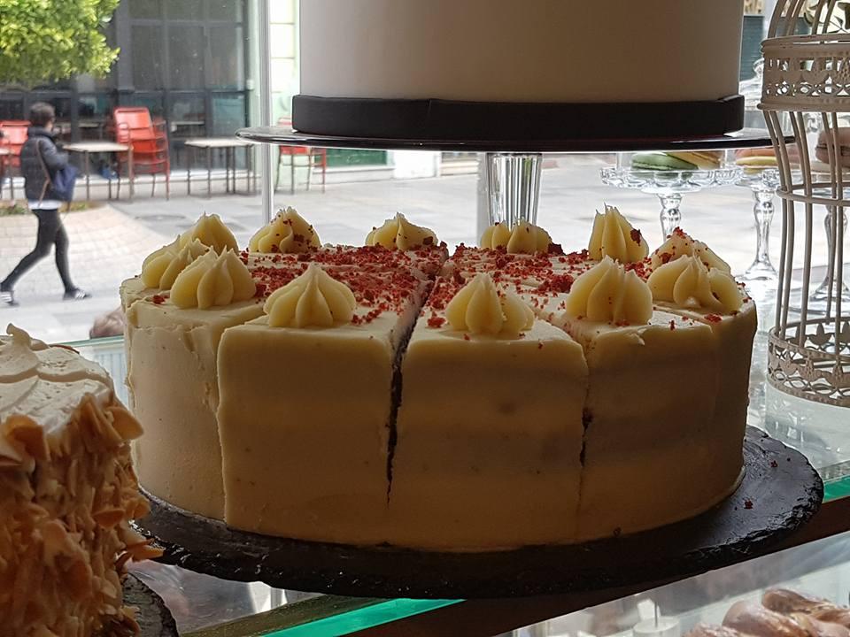 la mejor tarta red velved de Sevilla. the best red velvet cake seville