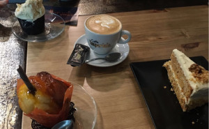 PASTELERÍA EN SEVILLA. LAS MEJORES PASTELERIAS DE SEVILLA. LA CRÈME DE LA CRÈME tú Pastelería en el Centro de Sevilla, detrás de Las Setas de Sevilla.