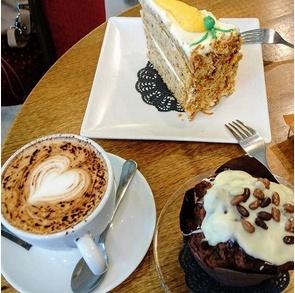 la mejor pasteleria de Sevilla. las mejores pastelerias de sevilla
