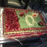 Tarta Fraisier de fresas frescas, crema pastelera diplomate y mazapán artesano, decoración personalizada de fondant para el cumpleaños