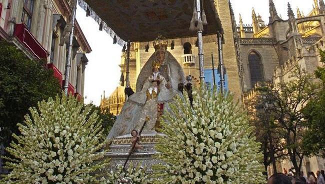 virgen de los reyes de sevilla, festividad asuncion de la virgen maria