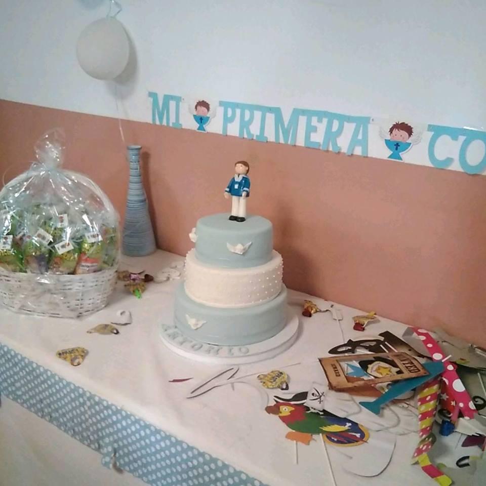diseño y creacion de tartas de comunion en sevilla